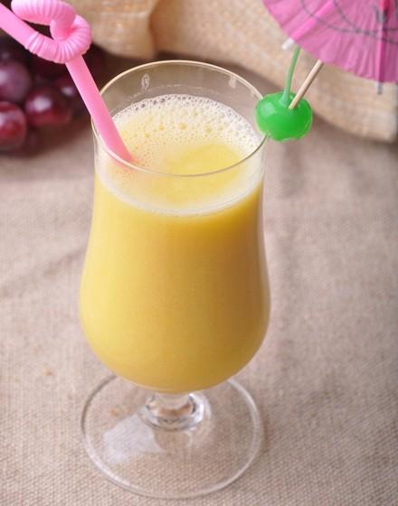 水果玉米美食——鲜榨玉米汁