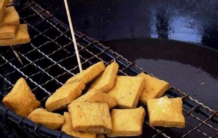 教你如何分辨真假油炸臭豆腐干